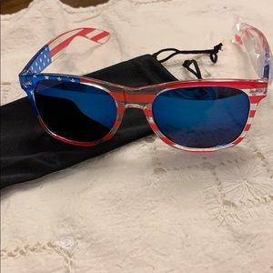 Accessories - Mirrored Red white & blue mirrored sunglasses 🕶